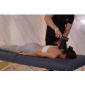 Massagepistole mit 4 Aufsätzen