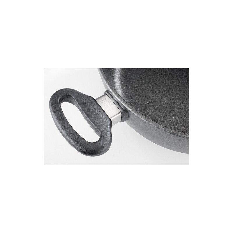 guss kasserolle mit 2 seitengriffen 28cm 8cm hoch nowo induktion wol 114 95. Black Bedroom Furniture Sets. Home Design Ideas